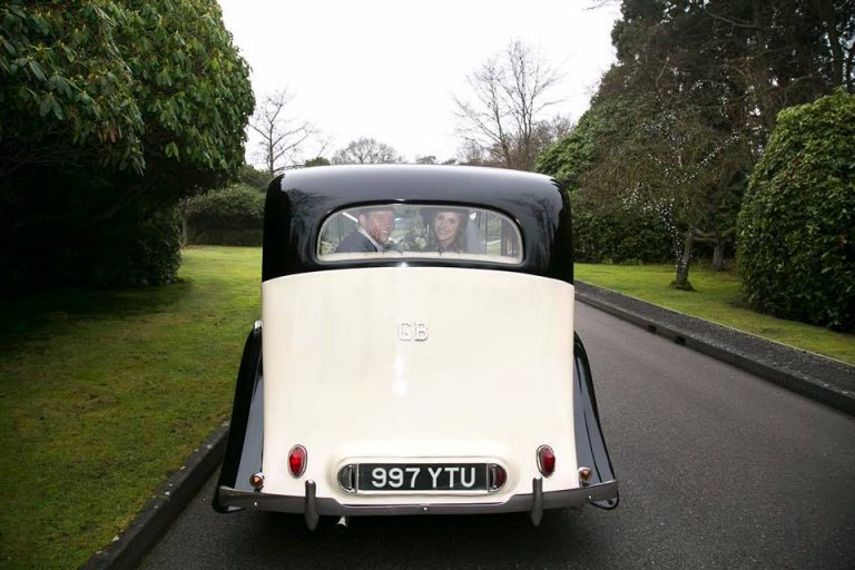 rolls-royce-1939-wraith-victoria-rear-view